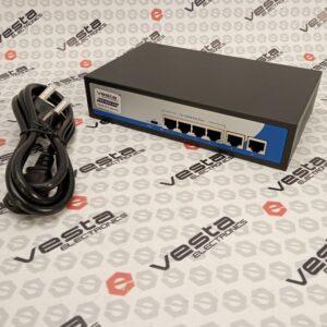 HRUI HR900-AF-42N / кількість каналів 4 poe + 2 uplink / 10-100мб.с. / бж будований
